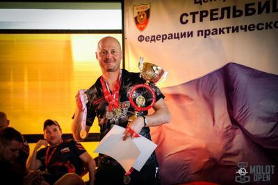 Прикрепленное изображение: Антон Урбанович.jpg