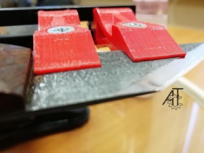 Прикрепленное изображение: 42. КРАСНЫЙ ГЕККОН и сапожный нож мини.jpg